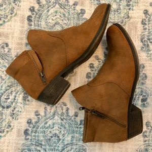 American Rag side zip ankle booties - SIZE 8.5